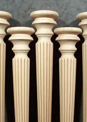 Bellissime gambe per tavoli in legno con due altezze differenti - dettaglio