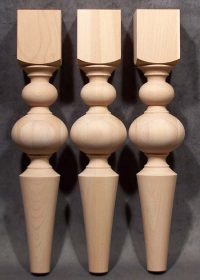 Gambe in legno per tavoli con diametro aumentato e parte inferiore conica, TH225