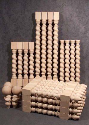 Gambe per tavoli in legno a spirale intrecciata, in varie altezze e singole dimensioni