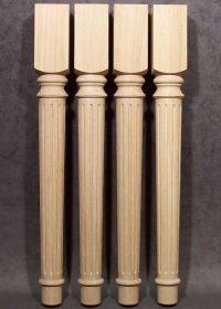 Gambe per tavoli in legno con motivo longitudinale fittamente fresato, TH254