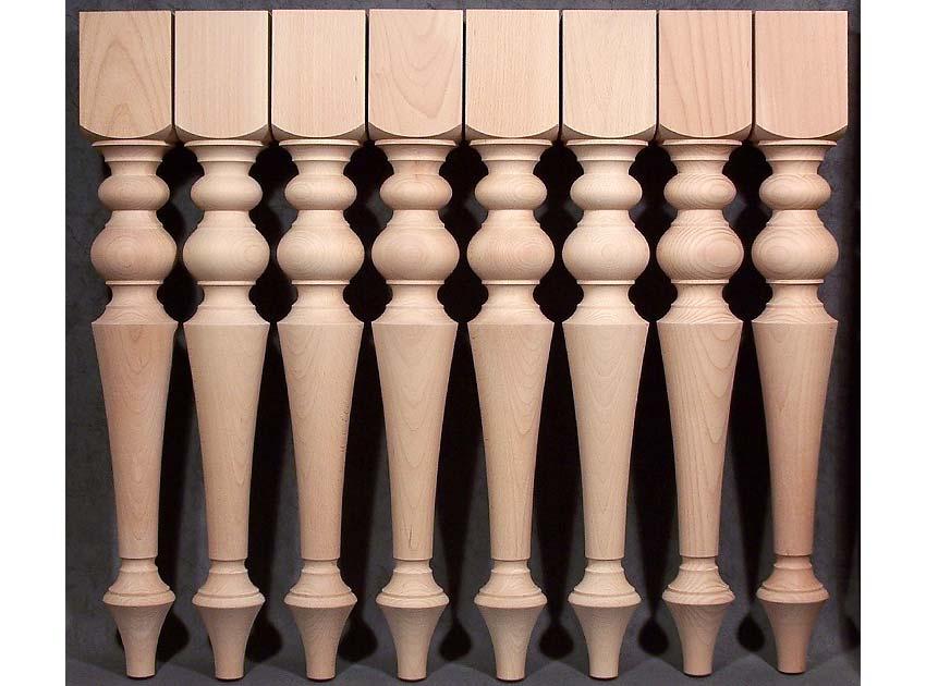 Gambe per tavoli in legno con motivo perfettamente uguale, in faggio trattato al vapore di eccellente qualità